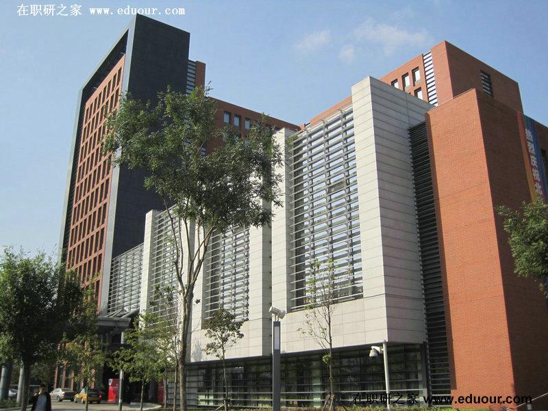北京工业大学全景